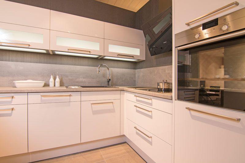 Küchenfronten - Küchen kaufen Bad Schwartau Sundhagen Küchenstudio ...